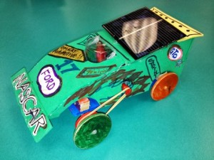 solar toy race car