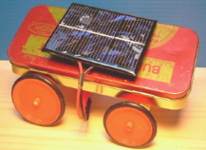 Solar-powered pencil case